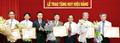 5 lãnh đạo Petrolimex nhận Huy hiệu 30 năm tuổi Đảng
