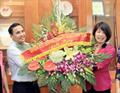 Lãnh đạo quận Long Biên thăm, chúc mừng Petrolimex Hà Nội - doanh nghiệp tiêu biểu Quận