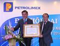 Đ/c Nguyễn Huynh vinh dự đón nhận Huân chương Lao động hạng Ba