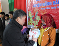 Tet gifts presented to needy families in mountainous areas