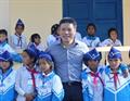 Petrolimex trao tặng Trường Tiểu học & THCS xã Hướng Việt phòng học vi tính