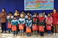 Tham gia hoạt động tình nguyện tại Trường Tiểu học Vĩnh Khương