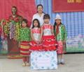 Petrolimex Hà Giang khen thưởng 50 học sinh giỏi vượt khó trường Lao Và Chải