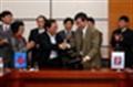 Petrolimex và PetroVietnam ký HĐNT mua bán sản phẩm xăng dầu của NMLD Dung Quất