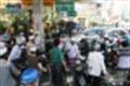 Tăng thuế nhập khẩu xăng dầu : Để thị trường không... sốc