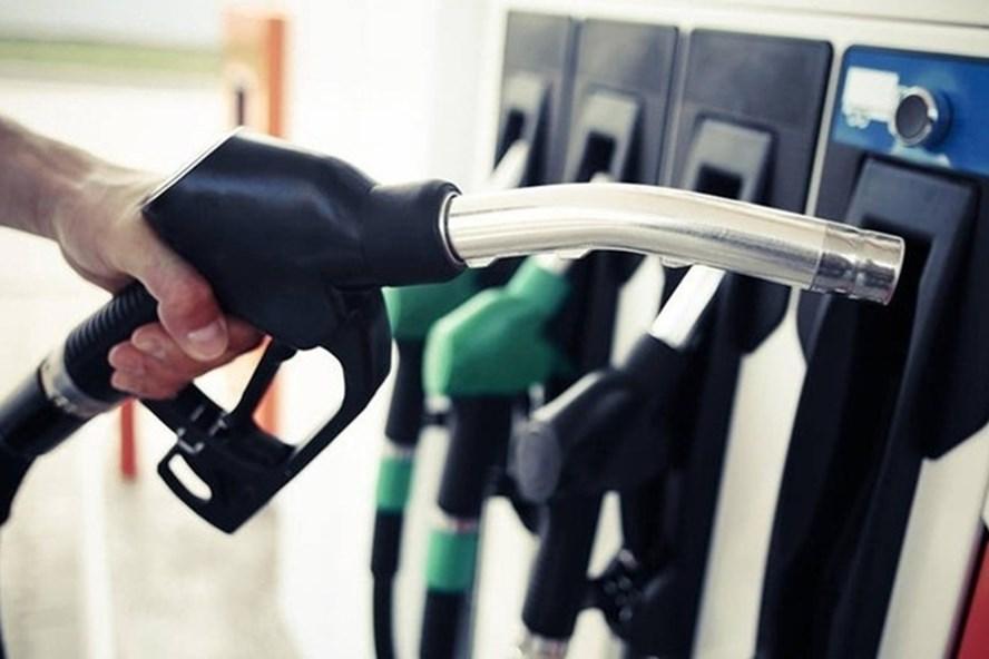 Giá xăng tăng khoảng 27% so với đầu năm 2019